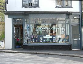 Fowey Tourist Information and Du Maurier Literary Centre